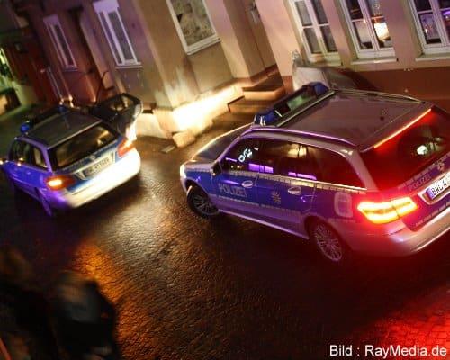 Polizeieinsatz Dummy RayMedia.de